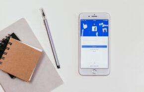 Facebook dla prawnika – fanpage czy profil osobisty?