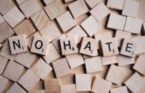 Nie tylko o prawie – radcowie prawni przeciwko mowie nienawiści